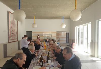 Residentes da Casa Diocesana do Clero visitam Porto de Mós