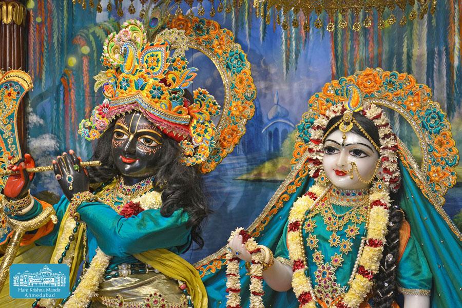 ISKCON Hare krishna mandir Ahmedabad 14 Dec 2016 (8)