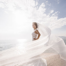 Wedding photographer Dmitriy Peteshin (dpeteshin). Photo of 16.04.2018