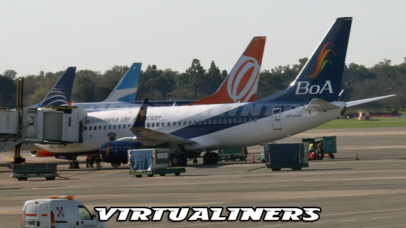 [Boliviana_de_Aviaci%C3%B3n_SAEZ_B737_BOA_CP-2924%5B3%5D]
