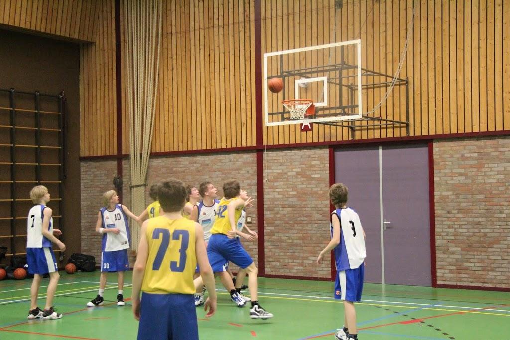 U16 wedstrijd 12 maart 2011 - IMG_2308.JPG