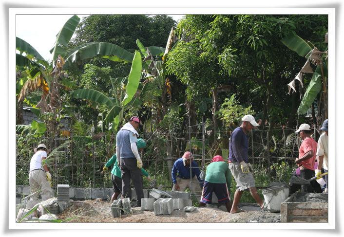 2012. 11. 20. 필리핀 건축선교 (14).jpg