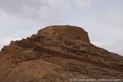 Yazd, Torre del Silenzio