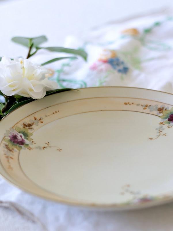 Vintage Keepsakes Violet Floral Plate