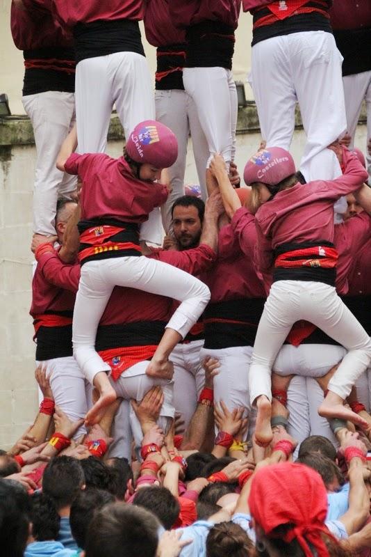 Actuació 20è Aniversari Castellers de Lleida Paeria 11-04-15 - IMG_8924.jpg