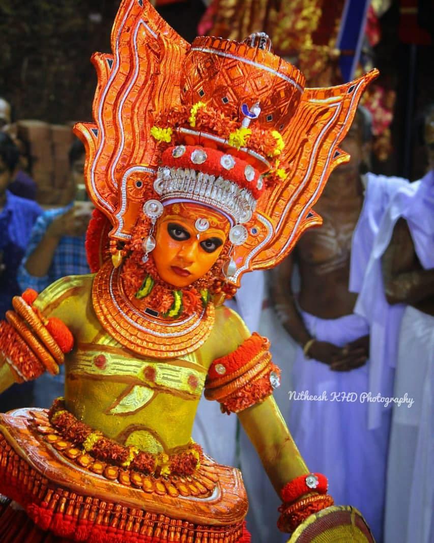 velichapadan theyyam