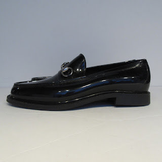 44bcd8c5593 Gucci NEW Rain Loafers