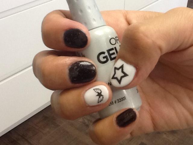Black White Nail Art With Gel Polish Trick Or Treat