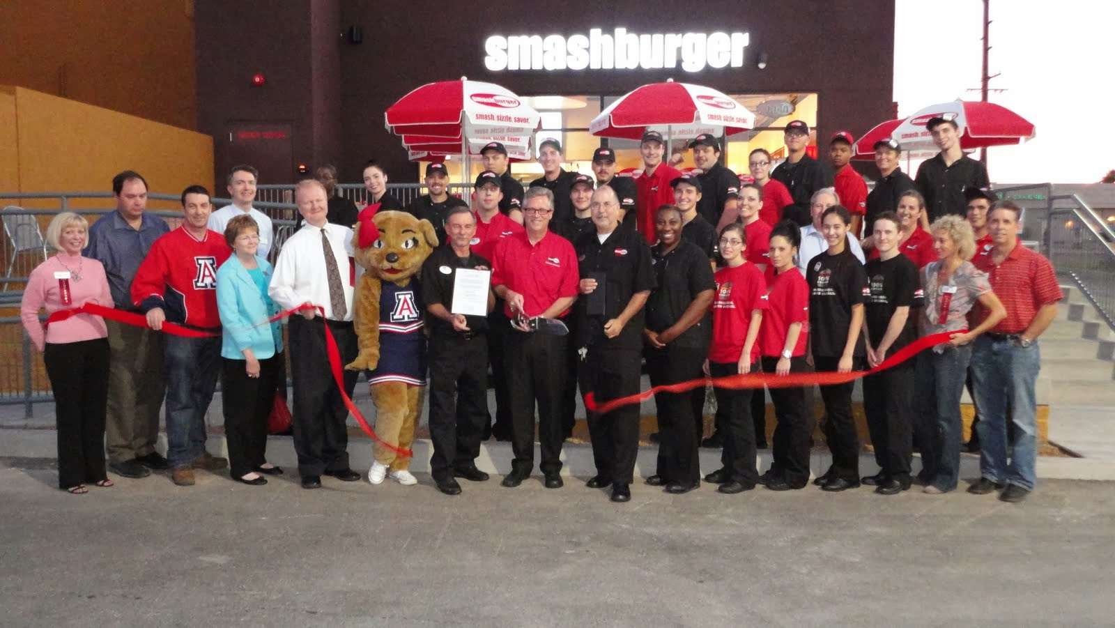 Smashburger's burgers are smashed fresh, served delicious along with tasty chicken sandwiches, grilled and split hot dogs, fresh salads and a variety of sides.