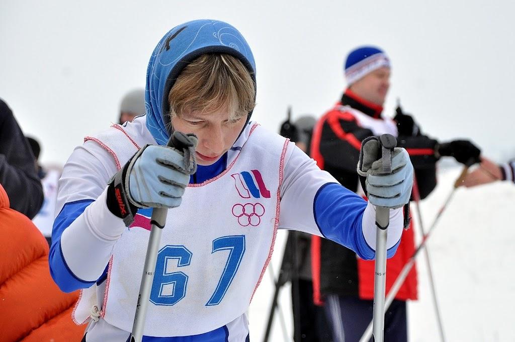 С. Пахомова на старте лыжной гонки