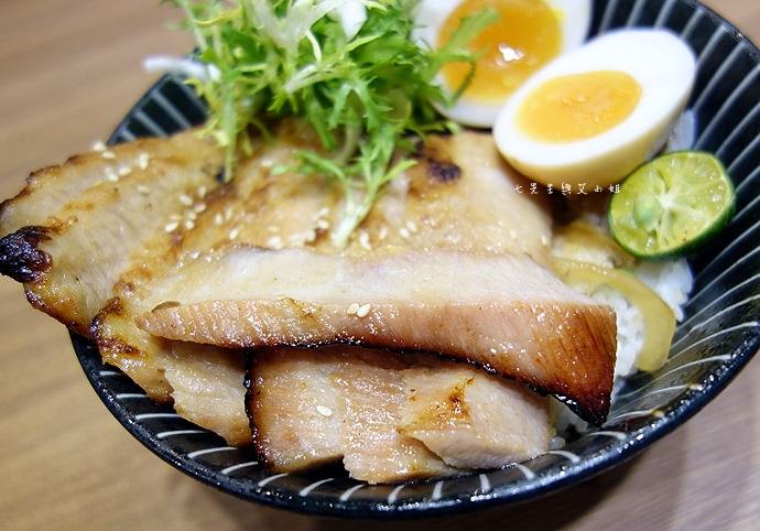39 開丼 燒肉 丼飯 地表最強燒肉丼