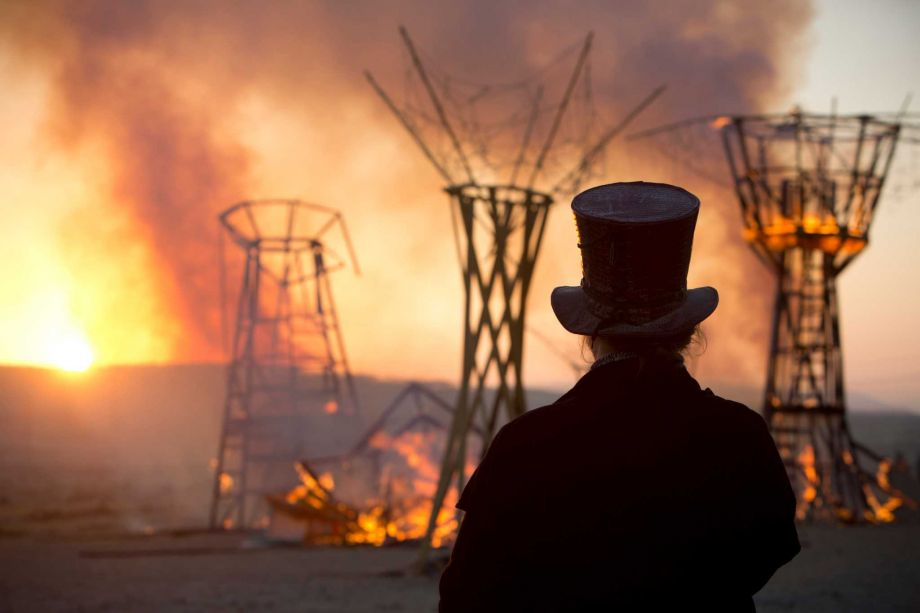 Israel: Israeli Burning Man festival torches ancient remains