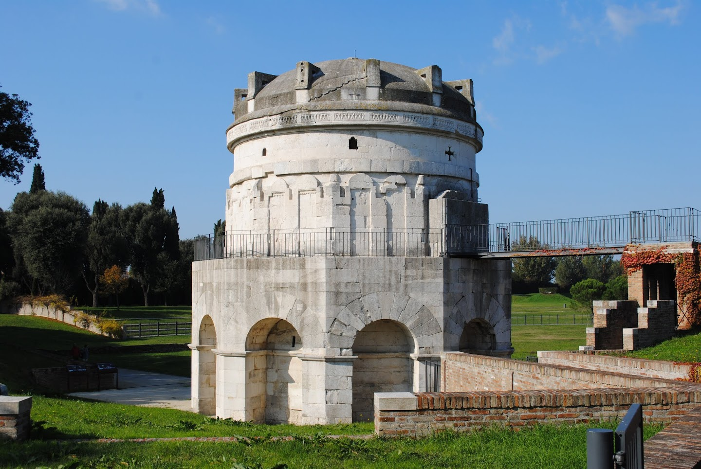 My Photos: Italy -- Ravenna -- Mausoleum of Teodoric