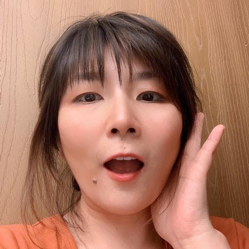 Lin Lin Photo 30