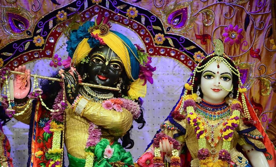 ISKCON GEV Deity Darshan 06 Jan 2017 (2)