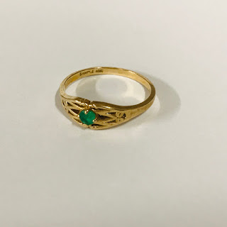 10K Gold and Green Stone Ring