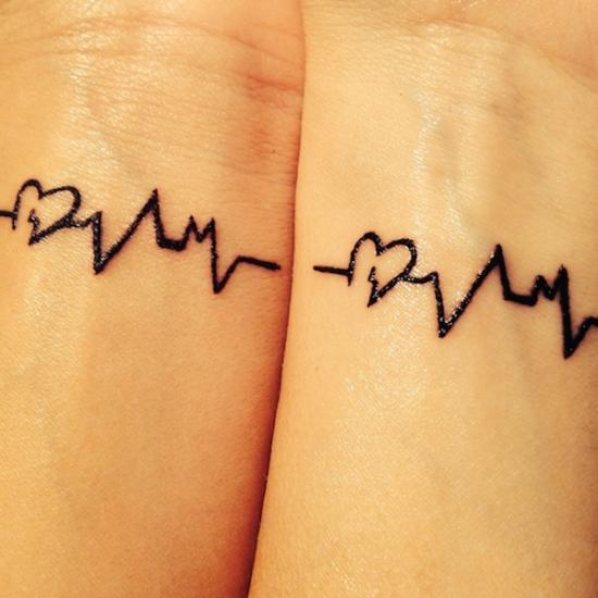 coraço_bater_melhores_amigos_tatuagem