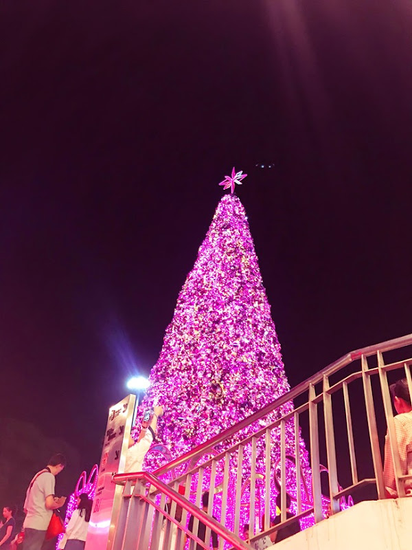 Maya Christmas Tree, Chiang Mai Thailand | Lavender & Twill