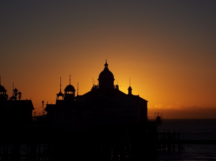 Eastbourne pier, Sunrise