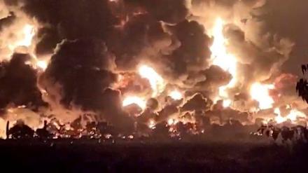 Ισχυρή έκρηξη σε διυλιστήριο της Ινδονησίας ύστερα από...κεραυνό
