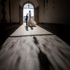 Wedding photographer Rostyslav Kostenko (RossKo). Photo of 13.12.2017