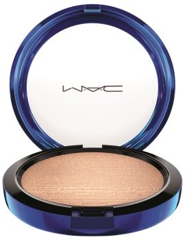 MAC_HolidayColour_MacMagicoftheNight_InExtraDimensionSkinFinish_OhDarling_300dpiCMYK