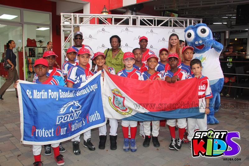 Apertura di pony league Aruba - IMG_6917%2B%2528Copy%2529.JPG