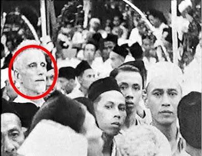 Indonesia Didesain Sebagai Tong Sampah Peradaban Dunia