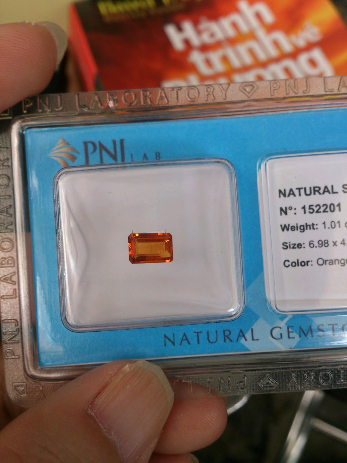 Đá quý Sapphire vàng thiên nhiên, Natural Sapphire, Phong thủy Thạch Đạo