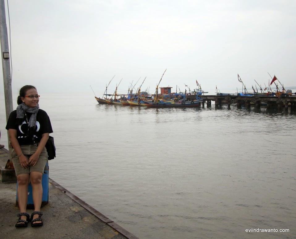 Suatu pagi di tempat Pelelangan Ikan Tanggamus