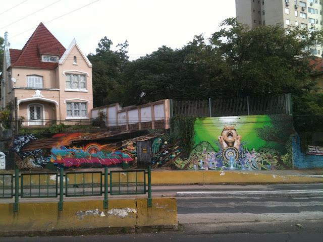 Mural painting on Protasio Alves, Porto Alegre
