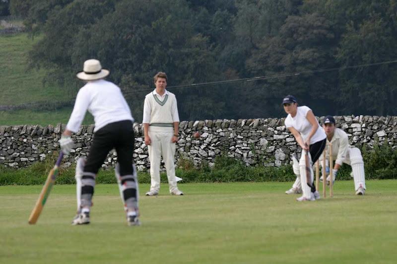 Cricket-Ladies35