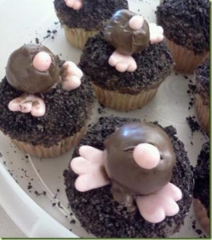 mole cupcakes_thumb[6]