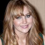 Jennifer_Lawrence_Long_Tousled_Wavy_Brunette_Hairstyle_with_Bangs_and_Highlights.jpg