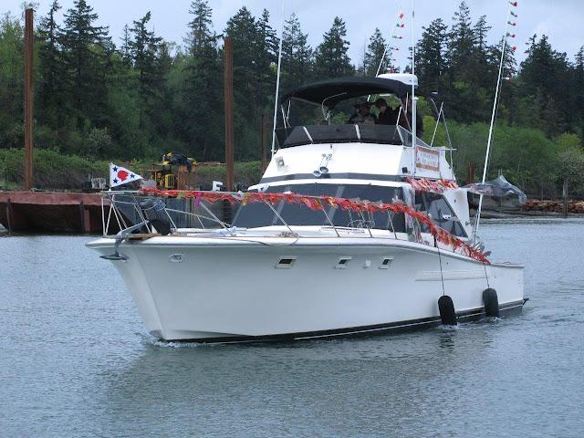 2011 Opening Day - waynes%25252520boat%252525202.JPG