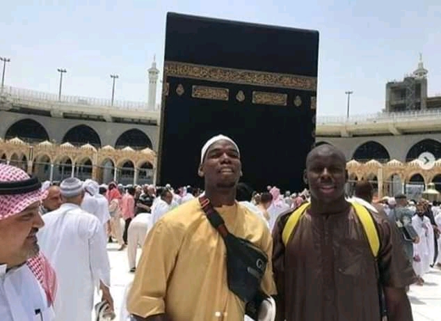 [Photos] Paul Pogba spotted in Mecca