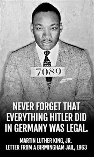 Martin Luther King Quotes abou democracy