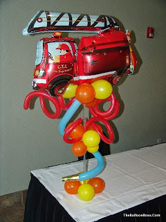 fire-truck-balloon-centerpiece