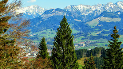 Alpe Kaser Blick auf Sonthofen Berge Hindelangs Rauhhorn Imberger Horn Breitenberg Rotspitze
