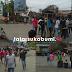 Aksi Protes Warga 2 Desa Kepada PT SCG, Pasang Tiang Gawang di Tengah Jalan