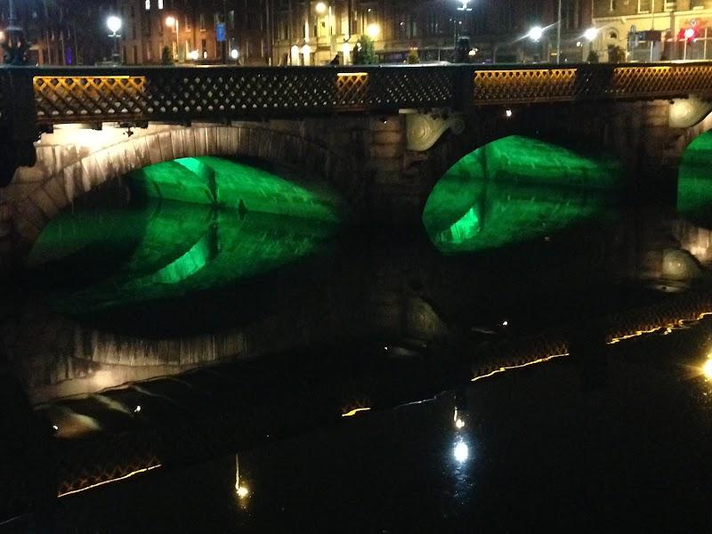 Dublin Bridge.JPG