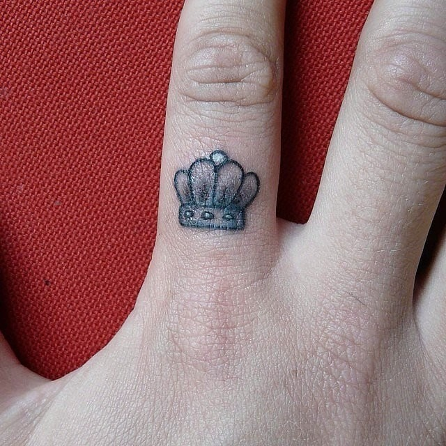 Feel like a King Beautiful Tattoo Design