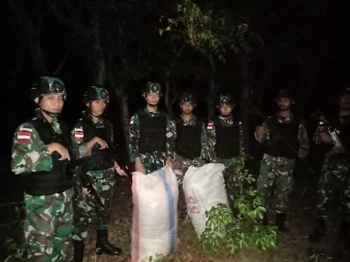 Pos Damar Kipur I Pamtas Sektor Timur Amankan Dua Karung BB, Pelaku Kabur ke Timor Leste