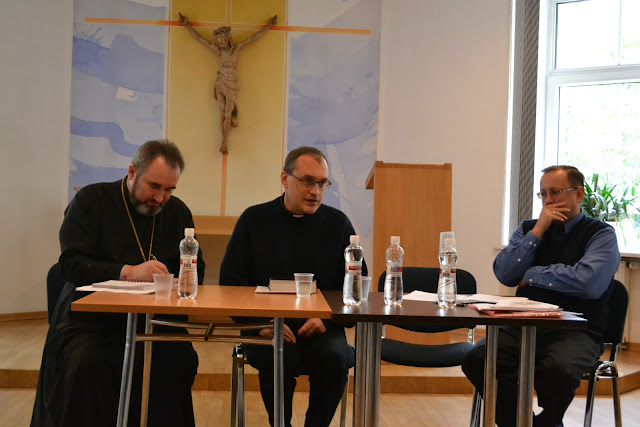С докладом выступает пастор Игорь Тараненко