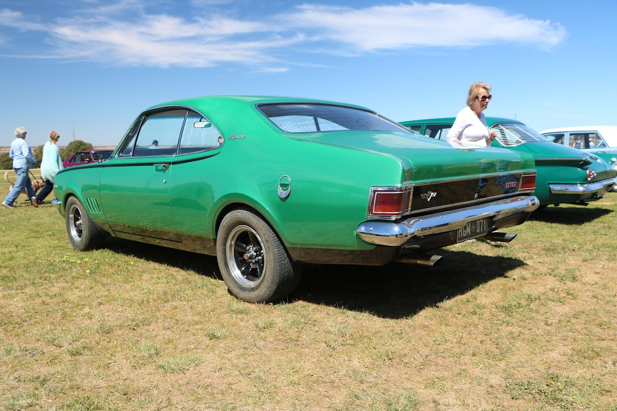 1971 Holden Monaro GTS (02).jpg