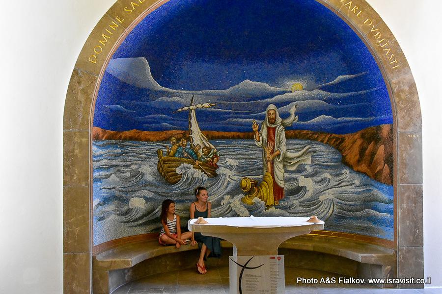 Магдала. Мозаичные пано о чудесах на Кинерете. Гид Светлана Фиалкова.