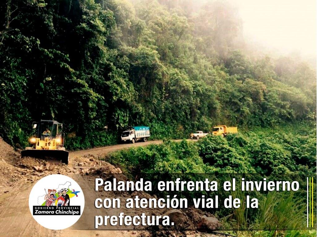 PALANDA ENFRENTA EL INVIERNO CON ATENCIÓN VIAL DE LA PREFECTURA