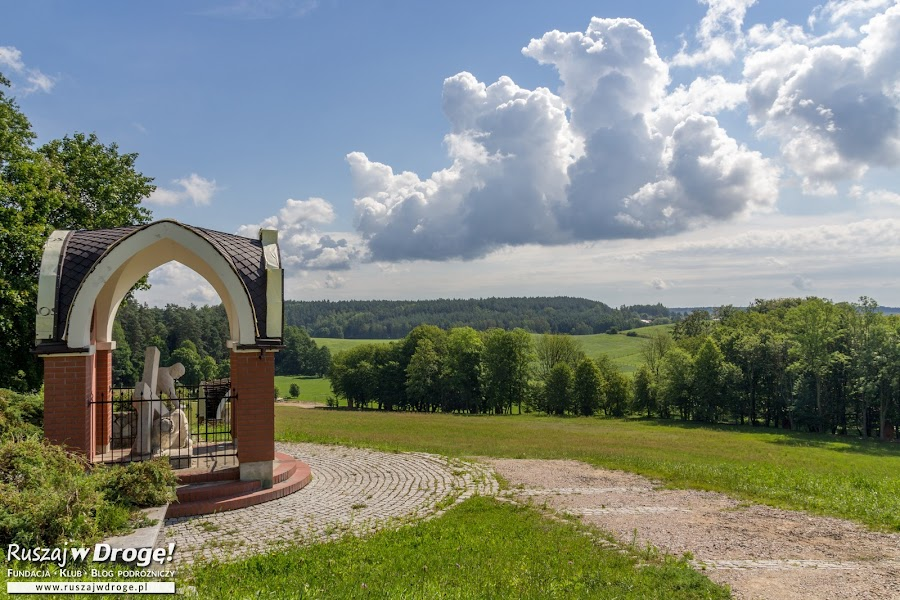 Zielona Warmia - droga krzyżowa w Gietrzwałdzie