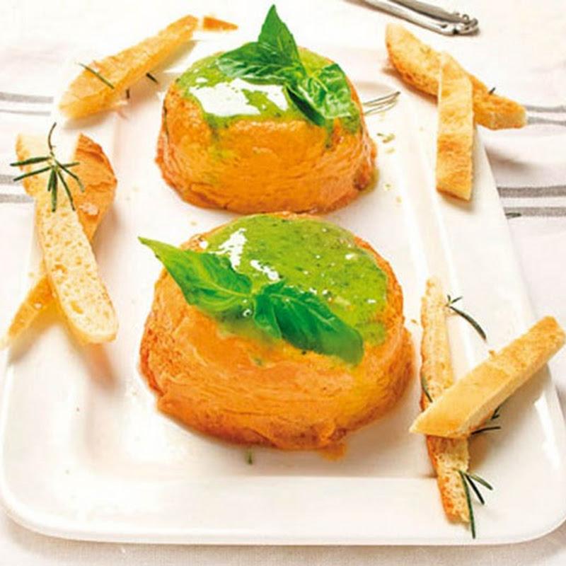 Scopri cosa cucinare a Pasqua: Sformatini di peperoni con salsa al basilico.