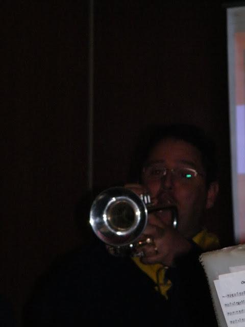 2009-11-08 Generale repetitie bij Alle daoge feest - DSCF0570.jpg